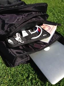 """Vadderad ficka för laptop, och """"pappersfack"""" perfekt för min GRID-IT"""