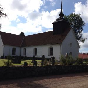 Tossjö kyrka