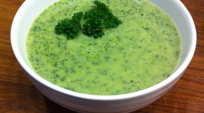 Soppa med potatis och svartkål