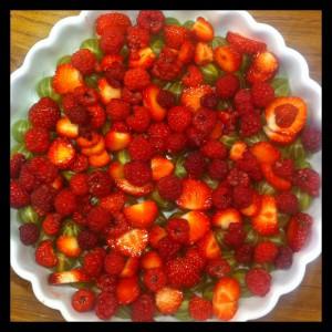 Micropaj på säsongens frukt och bär