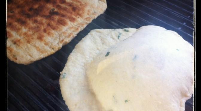 Grillbröd med basilika