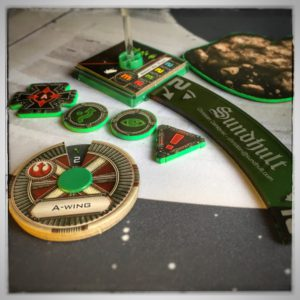 X-wing Miniatures Game - Green tokens manouver dails and tokens
