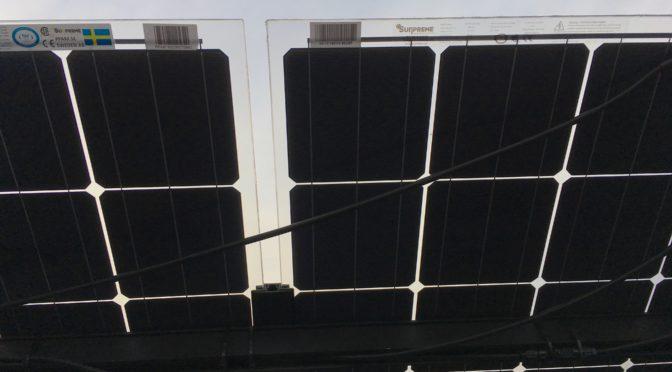 Batteri till solceller och tvåsidiga paneler
