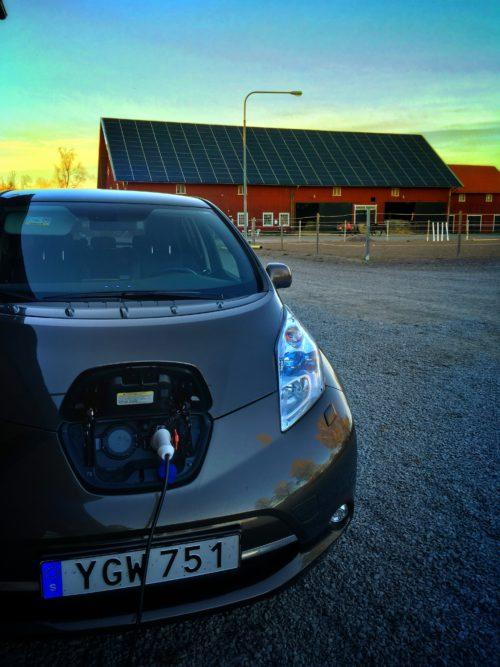 Elbi l- Övernattenladdning av vår Nissan Leaf