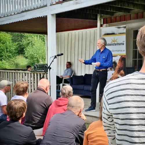 Gunnar Rundgren talar på Solskensdagen 2018