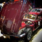 Triumph med motorhuv öppen GT-6 e-driveretro