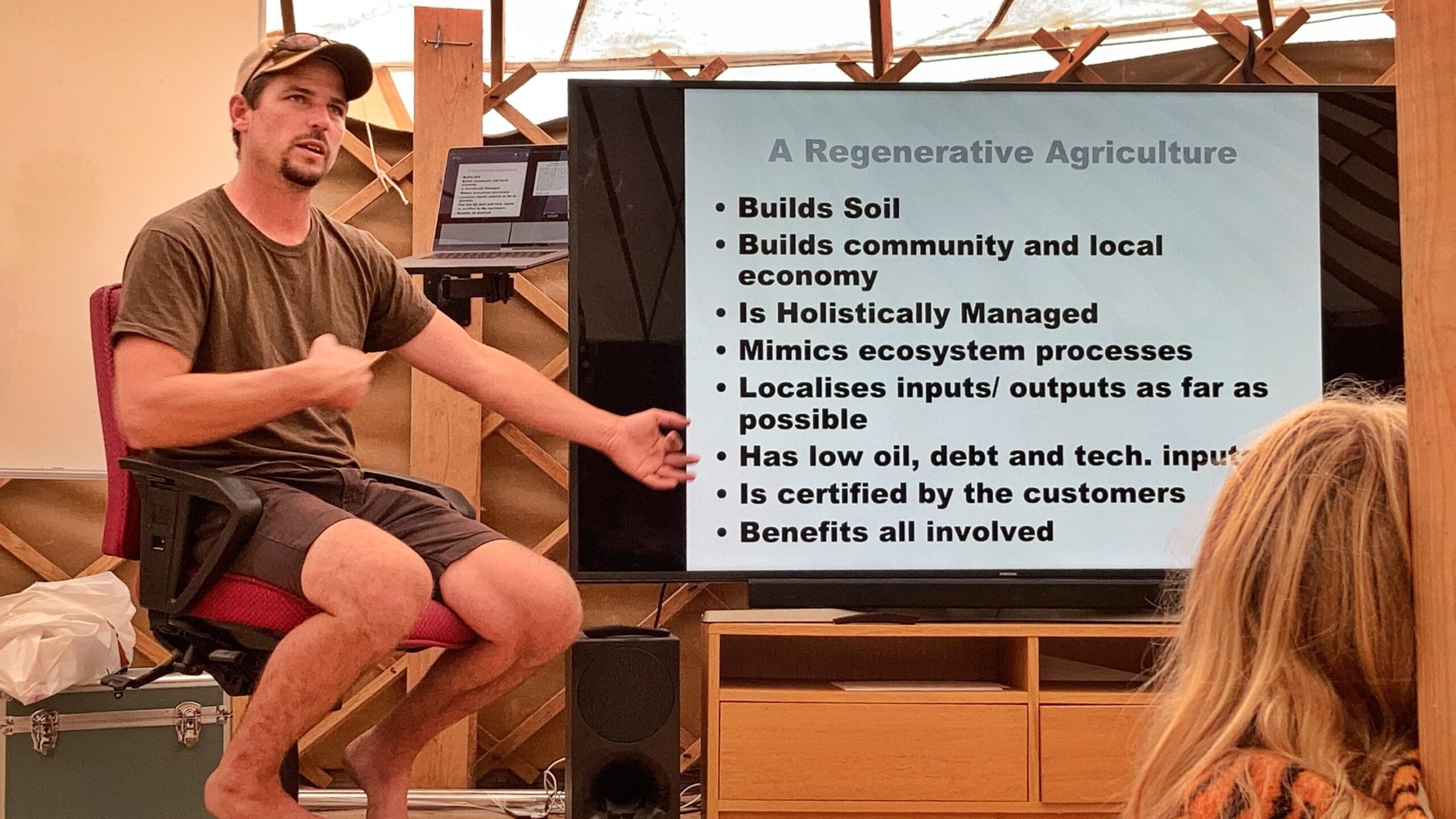 Richard Perkins berättade om sin defintition av regenerativt lantbruk